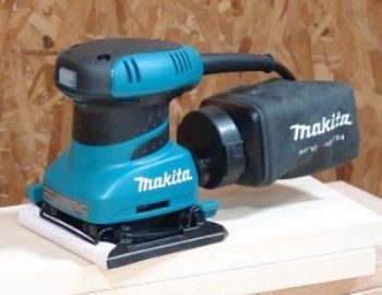 Makita vlakschuurmachine review
